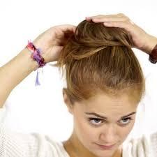 Hochsteckfrisurenen Dutt Selber Machen by Selbermachen Maxi Dutt Mit Haarpolster