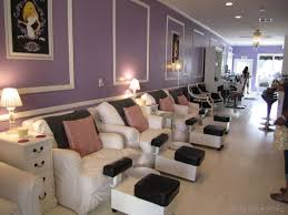 only the cutest nail shop ever i dream in nail polish