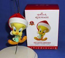 2016 hallmark ornament cocoa tweety bird santa