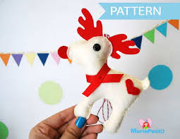 felt reindeer ornament sewing pattern a1095 the pattern hub