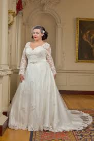 wedding dress ireland 20 amazing plus size wedding dresses weddingsonline