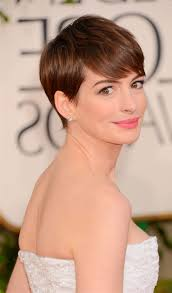 short hairstyles for oval faces best short haircuts for oval faces