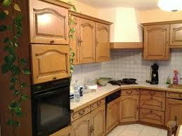 cuisine dans maison ancienne repeindre les meubles de cuisine frais ancienne cuisine renovation