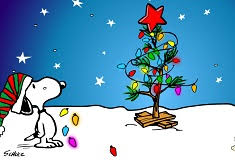snoopy decorating the christmas tree snoopy