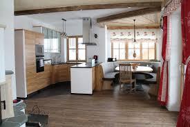 Esszimmer Farbgestaltung Küche Esszimmer Jtleigh Com Hausgestaltung Ideen