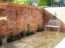 Backyard Retaining Wall Ideas Landscaping Walls Ideas Garden Wall Design Ideas Backyard Fence