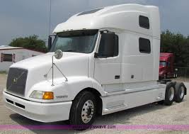 used volvo tractors for sale 2003 volvo vnl 770 semi truck item 3093 sold september