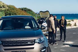 land rover nepal now sally fitzgibbons surfs margaret river land rover adventure