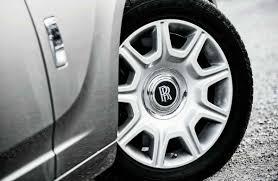 bentley vs rolls royce roll right tires with bentley flying spur vs mercedes benz s600 vs