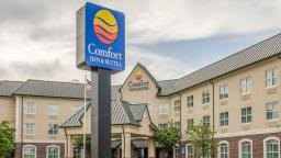 Comfort Inn And Suites Grenada Ms Mississippi Hotel Discounts U0026 Deals Hotelcoupons Com