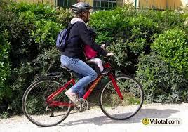 siege weeride les articles de vélotaf essai weeride siège enfant sur le cadre