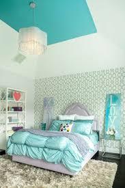 d馗orer les murs de sa chambre dcorer les murs de sa chambre ides dco raliser avec une guirlande