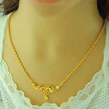 lady gold necklace images Gold necklace for women white house designs jpg