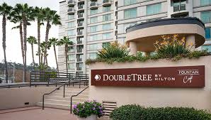 Barnes Noble Mission Valley Doubletree Hotel Hazard Center Your Go To San Diego Mall