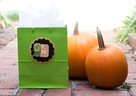 Halloween Gift Wrap - diy halloween gift wrap mixology crafts