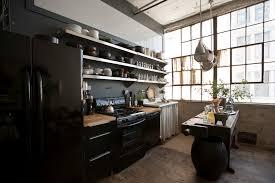 cuisine style atelier industriel loft de ville à york au design intérieur inspiré par le style