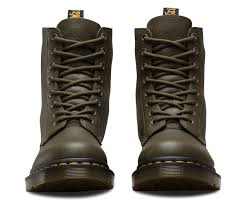 mc boots pascal virginia women u0027s boots u0026 shoes official dr martens store