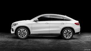 porsche macan 2016 white comparison mercedes benz gle class coupe 2016 vs porsche