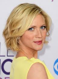 short hairstyle worn beind the ears in layers for fine hair 100 hottest short hairstyles haircuts for women pretty designs
