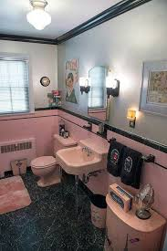 Black And White Bathroom Decor by Best 25 Retro Bathrooms Ideas On Pinterest Retro Tile Retro