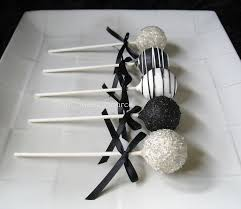 Halloween Cake Pops Pinterest by Black And White Cake Pops Cup Cakes And Cake Pops Pinterest