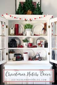 How To Display China In A Hutch 1000 Idéer Om Hutch Decorating På Pinterest
