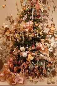 Holiday Decorated Homes by 411 Best Decorated Christmas Tree Images On Pinterest Christmas