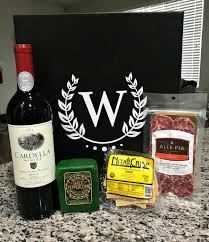 wine subscription gift wine box review by erinn sluka wine gifts from wine box