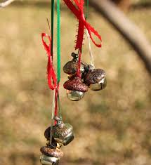 acorn jingle bell ornaments makes