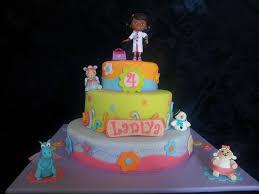 doc mcstuffin cake toppers 95 bästa bilderna om doc mcstuffins cakes på