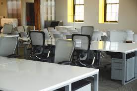 travail dans un bureau images gratuites bureau table espace de travail bureau salon