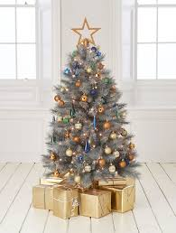 best artificial christmas tree best artificial christmas trees 2017 goodtoknow