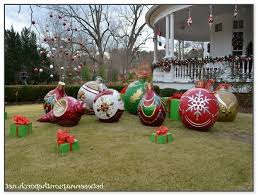 christmas lawn decorations large christmas lawn decorations
