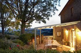 tonnelle en bambou conseils pour couvrir une terrasse vivons dehors aménagment de