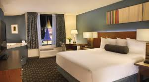 One Bedroom Luxury Suite Luxor Royal Superior King At Excalibur Hotel U0026 Casino Las Vegas