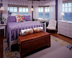 5 grown up purple interiors hgtv
