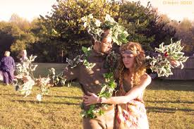 dressing up in costume last minute couples costumes a tree a