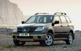 mitsubishi outlander estate review 2004 2007 parkers