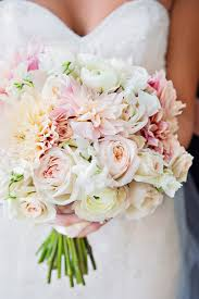 bouquet for wedding wedding bouquet wedding bouquet tips to match your option