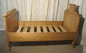 Single Sleigh Bed French Pine Single Sleigh Bed Lit Bateau Antiques Atlas