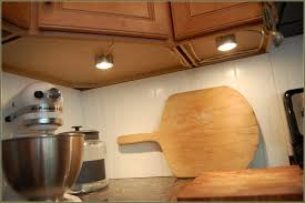 Lighting For Under Kitchen Cabinets by Battery Powered Under Kitchen Cabinet Lighting