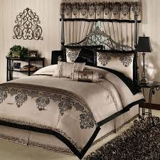 Gorgeous Bedroom Sets Bedroom Comforter Sets 1000 Images About Bedding On Pinterest