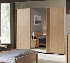 porte chambre froide coulissante cuisine armoire bois ã portes coulissantes couleur chãªne porte de