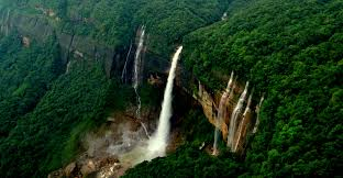 famous waterfalls 20 gorgeous waterfalls in india trawell blog
