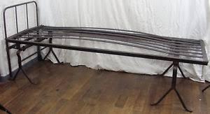 canapé lit ancien ancien lit militaire internat fer forgé 1900 deco industrielle