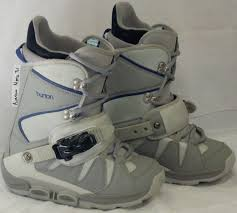 womens size 11 snowboard boots in snowboard boots salty peaks