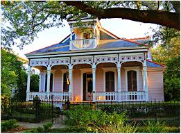 new orleans colorful houses new orleans homes and neighborhoods historic new orleans homes