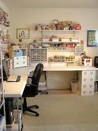 je vais au bureau épinglé par hang pham sur goc may va bureau atelier