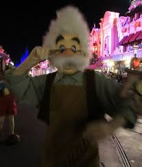 364 Best Disney Characters At Disney World And Disneyland Images