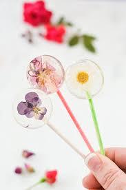 Edible Flowers Easy Diy Lollipops With Edible Flowers U2013 A Beautiful Mess